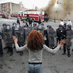 A curfew has been set in the US city of Baltimore after violent protests #BaltimoreRiots: http://t.co/KReJxV2gZx http://t.co/EAp6ktsVJ2