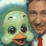 """""""@BBCBreaking: British entertainer Keith Harris has died, his agent says http://t.co/XTB1gT2iFj http://t.co/pUFs84QsVd"""""""