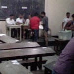 BCL men storm into Dhaka College polling centre, cast #CityPolls15 votes at their will http://t.co/Pj6GklDBVr http://t.co/F3RP5MS9Dt