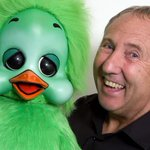 Very sad news - Popular entertainer and national treasure Keith Harris has died from cancer http://t.co/rGVEvMziNK http://t.co/nLPWyR0D4R
