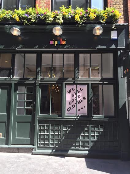 Londoners rejoice! Our new shop on Marshall Street is now open... http://t.co/NLj0SqUO8k