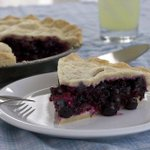 Happy National Blueberry Pie Day! #blueberry #pie #delicious #nomnom http://t.co/wIfIyMxoRs http://t.co/bHpVWzExsC