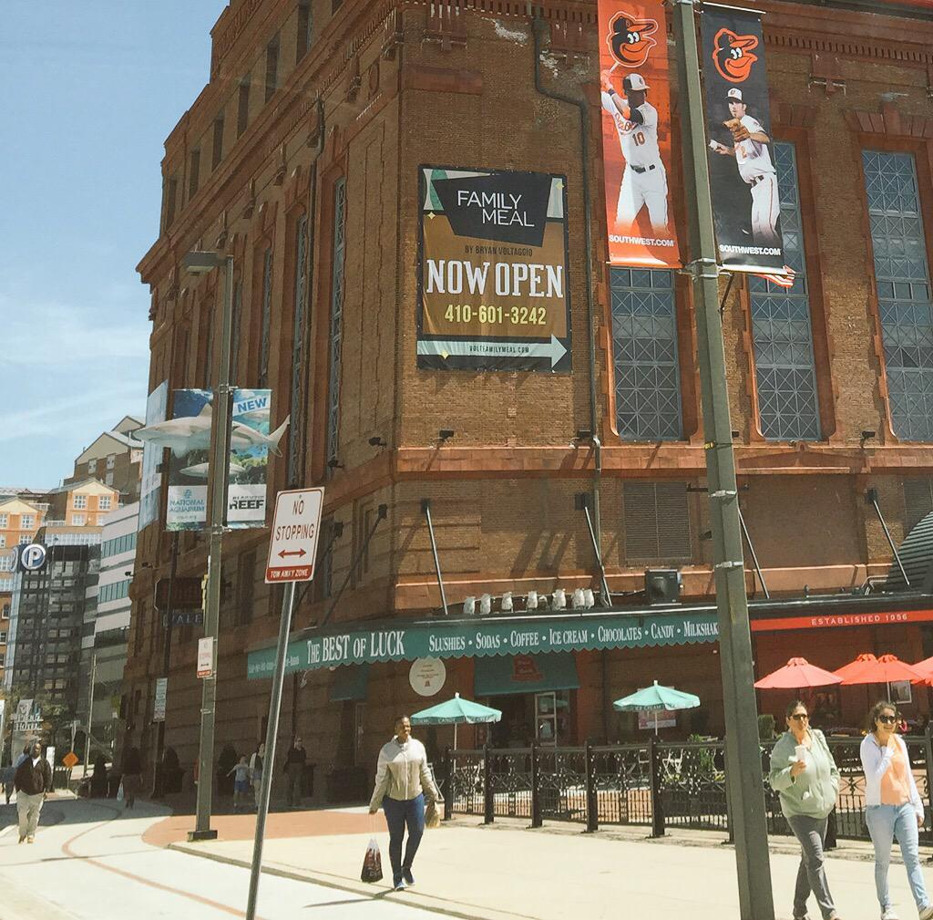 #Baltimore @VoltFamilyMeal offers all uniformed public safety & @NationalGuard free L/D today 641 Pratt Pier 4 http://t.co/eVku9cwRKt