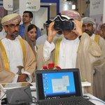 معالي الدكتور محمد بن حمد الرمحي وهو يجرب نظارة الواقع الافتراضي أثناء زيارته لركن الوزارة في معرض #كومكس2015 http://t.co/OaAXcvaygi