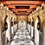 جامع السلطان قابوس الأكبر بصمة عمانية معاصرة في تاريخ العمارة الإسلامية.  #غرد_بصورة  #صورة  - http://t.co/R7A02xSsZs