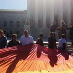 See images from outside the court as #SCOTUS hears arguments on gay marriage. http://t.co/xNWouLE1BU http://t.co/1ZIEBO7IJN