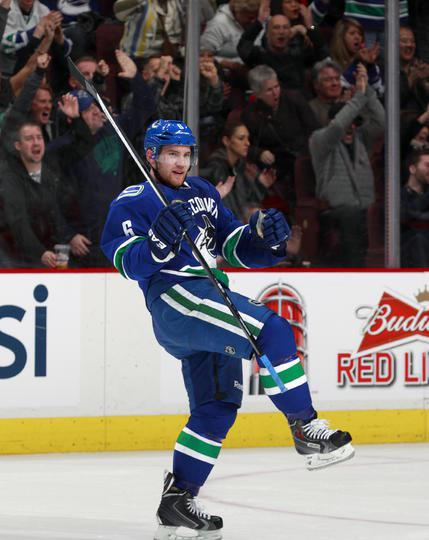 Would like to thank all the Canucks fans for their support this season. You guys were great!!! http://t.co/NwWrI1olhp
