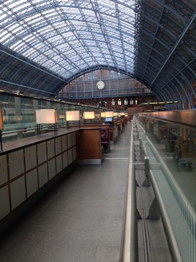 J P Devlin (@devlin_jp): 9.45am and the champagne bar at St Pancras is empty - what's wrong with people? http://t.co/ZGQC36bFH1