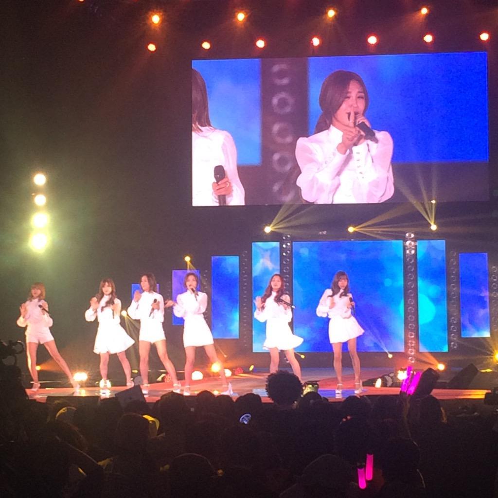 【GirlsAward】LIVEパフォーマンスに6人組の韓国ガールズグループ #Apink が登場!圧巻のステージを見せました! #ガルアワ #GirlsAward http://t.co/BKDO9qE6ow