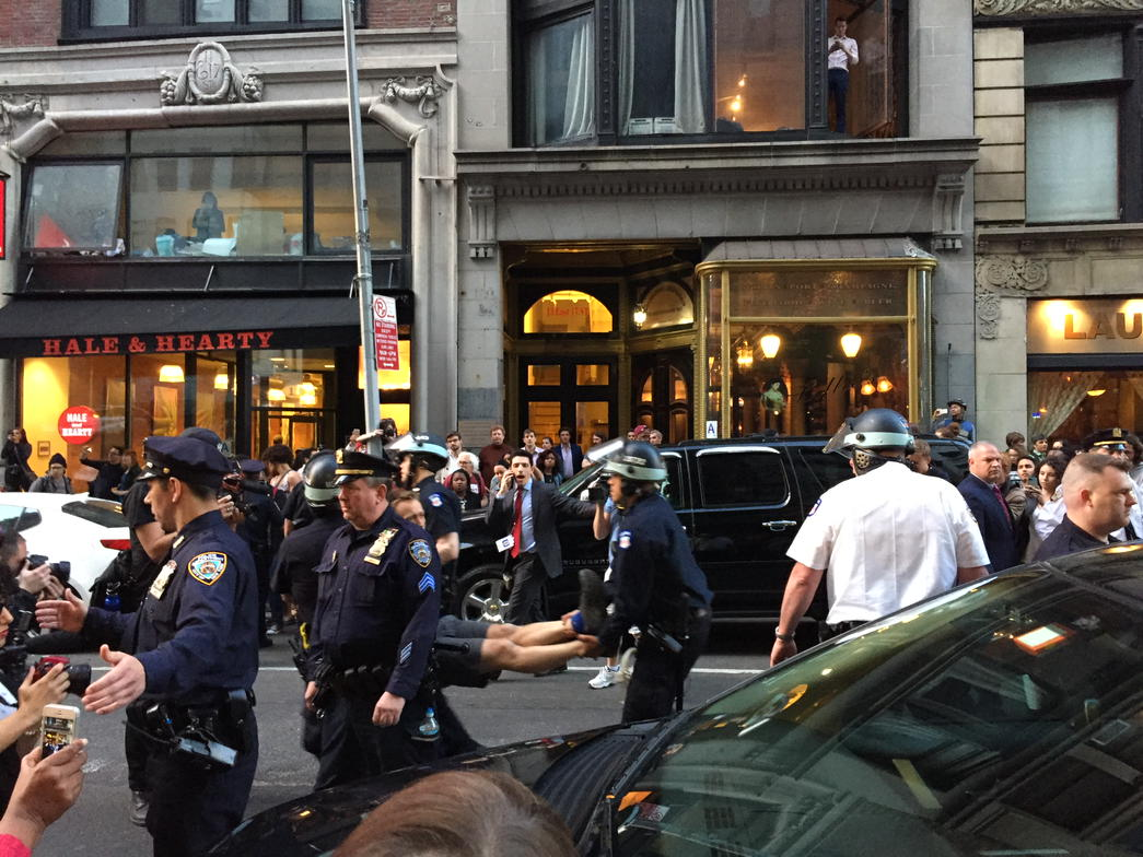 We've witnessed over a dozen arrests. The NYPD is busting anyone who walks in the street. http://t.co/WqlOtk8hTS