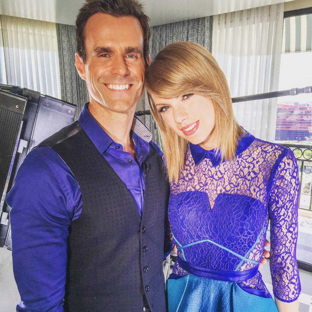 On @etnow tonight... @taylorswift13 talking about her upcoming tour and lots more:) #TaylorSwift http://t.co/BT2erGrmQ0