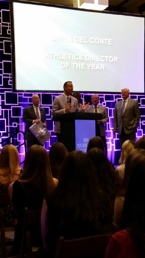 Congratulations to @_delconte for being named the Division I FBS Athletic Director of the Year! #GoFrogs http://t.co/qdjx6Wbc9T