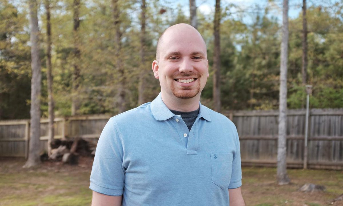 Checkout my new monster interview with @taylorotwell of @laravelphp http://t.co/ReyPDCMUmo http://t.co/v0Ur1asPT1