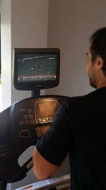 @clubsantamarina @mngonzalez_ @Cabezonmichel y la maquina no para! Vamos x mas!!! http://t.co/Iz4SW0TgGU