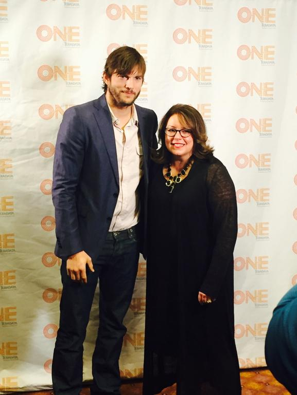 Kicking off our amazing #ONEFest w/@aplusk & @Teradata_Apps Team. Let the Festival begin! #individualizedmktg http://t.co/8974vx27Jb