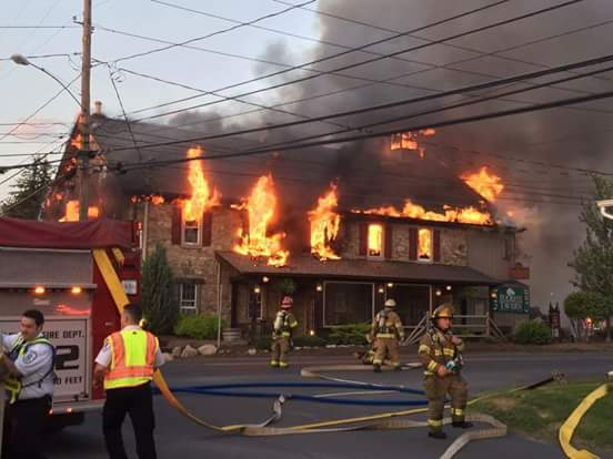 Crazy fire at Buckeye Tavern in Macungie. http://t.co/e773p9YEAx