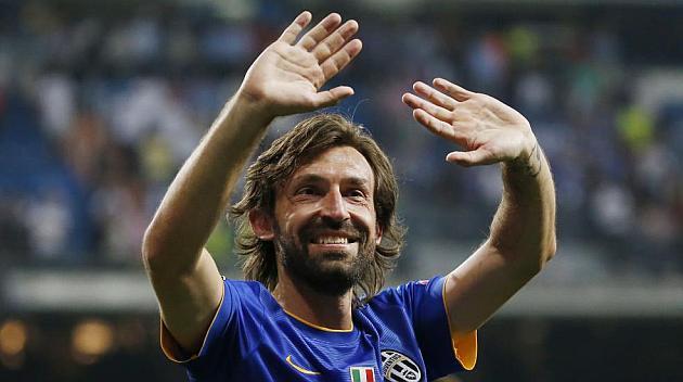 RT @marca: El Bernab?u ovacion? a Pirlo http://t.co/WMYHpLj6yR  #Champions http://t.co/pC9o3Cy4vm