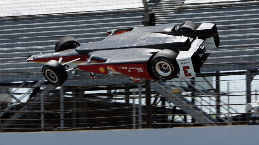 Extraordinary pic of @h3lio's flight at Indianapolis today from @ap...: http://t.co/HCQwA7BkHl