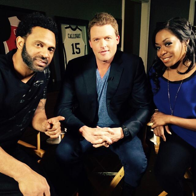 Thanks to the cast & crew of #starz #survivorsremorse the uber talented  @tichinaarnold and the very funny #mikeepps http://t.co/QJftmbTIXS