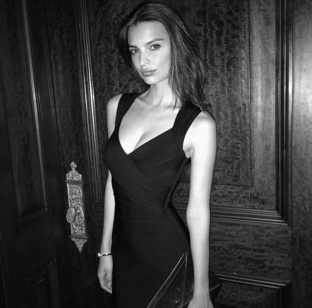 Make @emrata's #LBD look by #HerveLeger your own… http://t.co/Db6bTaklur http://t.co/IGSiAU0eeE