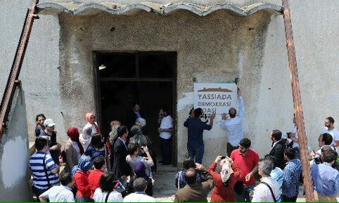 """2008'de başlattığımız """"Yassıada Demokrasi Adası Olsun"""" kampanyası bugün gerçek oluyor. Emeği geçenlere teşekkürler. http://t.co/Py2baTWtZ4"""