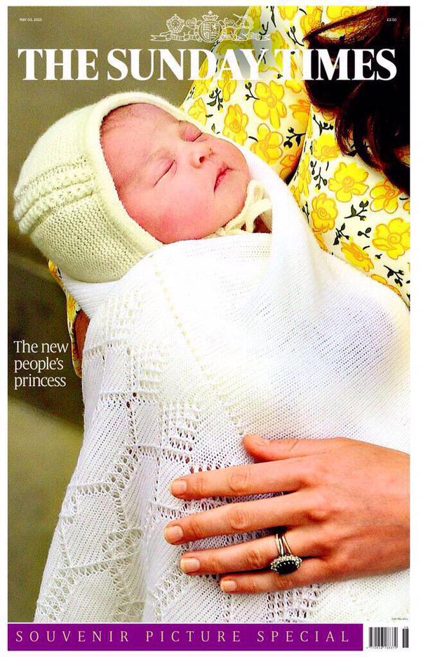 Very poignant to see the close up of Diana's ring resting on her new granddaughter. #hardnottomissherattimeslikethis http://t.co/VzSbeHhlwm