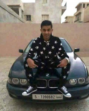 A young social media activist who was openly critical of Dawn militias was murdered in Tripoli http://t.co/VP2kUJVfic http://t.co/Jmzt5MXBHv