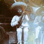 Many Pacquiao además de ser boxeador, también participo en la Revolución mexicana. #LaPeleaDelSigloEs http://t.co/wAyPK8fKyO