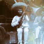El himno Nal. de México sonó en la pelea del siglo por la participación que tuvo Pacquiao en la revolución mexicana. http://t.co/xdGXZP8Q1a
