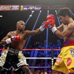#PeleaDelSiglo   Round 3   #Mayweather supera a #Pacquiao en tiempo y distancia http://t.co/B3j73RAhNo http://t.co/D6Y7fQ9rJX