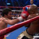Manny lands a flurry of punches with Floyd against the ropes! http://t.co/vgfJaEBXMa