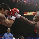 #PeleaDelSiglo   Round 9   #Pacquiao hace valer su historia sobre un #Mayweather que especula http://t.co/B3j73RAhNo http://t.co/jqyv4ptTzg
