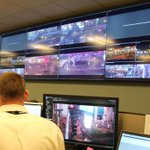Officers are carefully monitoring all activities on strip in the Real Time Crime Center. #LVMPD #MayPac #Vegas http://t.co/pZ5Ar2nuuY