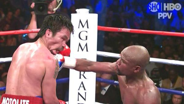 All Floyd did was hug and run away.. Oh Ok #TMT http://t.co/1vfTrJArjW