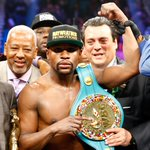 THIS JUST IN: Floyd Mayweather announces he will relinquish all his belts on Monday. http://t.co/j4ZZKId2QA