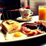 Breakfast anyone? #westbridgford #breakfast #nottingham http://t.co/yFjO6Bkh61