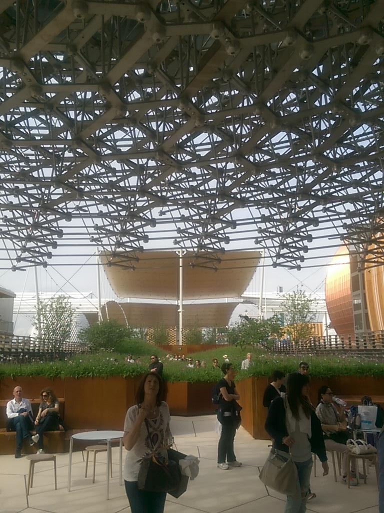 My fav of #Expo2015 is  @UKPavilion2015 beautiful and creative http://t.co/qSgeL1tEQz