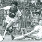 #AjaxKalender: 34 jaar geleden maakte Sonny Silooy zijn debuut voor #Ajax. Silooy speelde 343 duels voor Ajax.