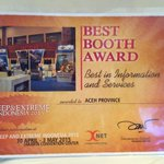 """Stand @aceh_disbudpar dpt #BestBoothAward sbg """"Best in Information and Services"""" @DEEPandEXTREME http://t.co/PwqIADB9tA via @nuu244"""