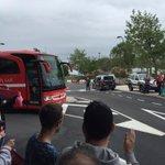 El Molinon calienta motores con la llegada de Sporting. Los de Abelardo ya están dentro del estadio @PlaySegunda http://t.co/GgPkSNjPbH