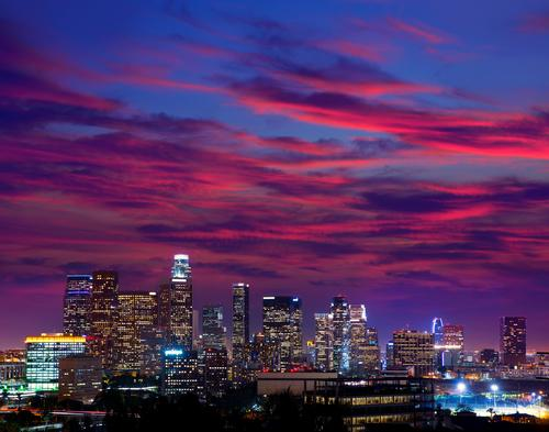35 nonstop flights per day to LA area makes a weekend getaway easy. easyasSMF.