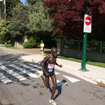 @gazechristopher BMO Vancouver marathon leader. Going by at the 27k marker. Time: 1.23! http://t.co/3AGsKc9bma