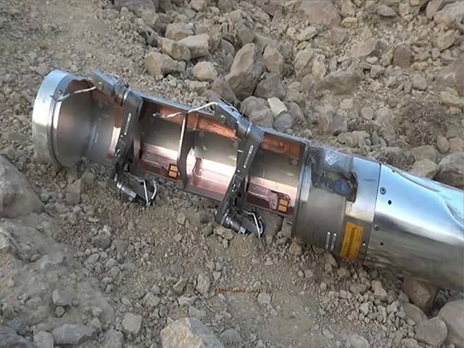 غارات جوية بقيادة #السعودية في #اليمن استخدمت ذخائر عنقودية وفرتها #امريكا رغم أنها محظورة http://t.co/InPNAfWGg5 http://t.co/o7IDRvcaFp