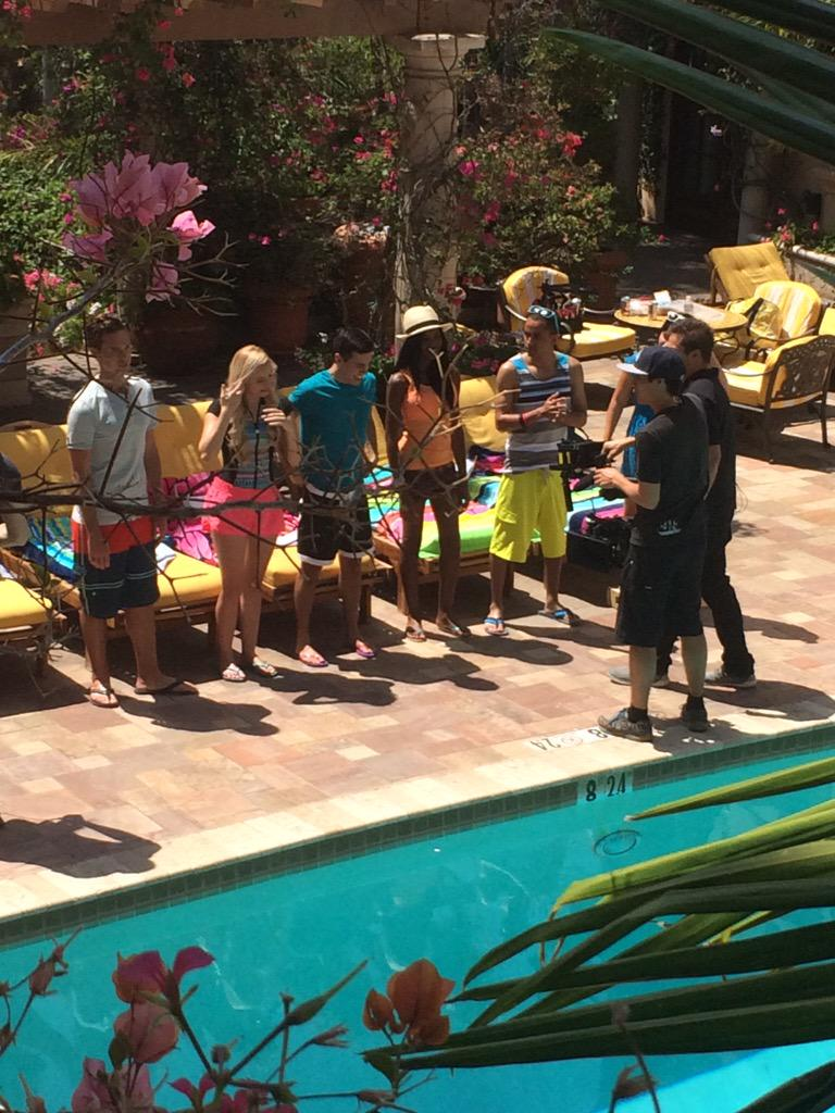 More of filming for what I think is Teen Beach 2 promo. http://t.co/B6vqYZjS4D