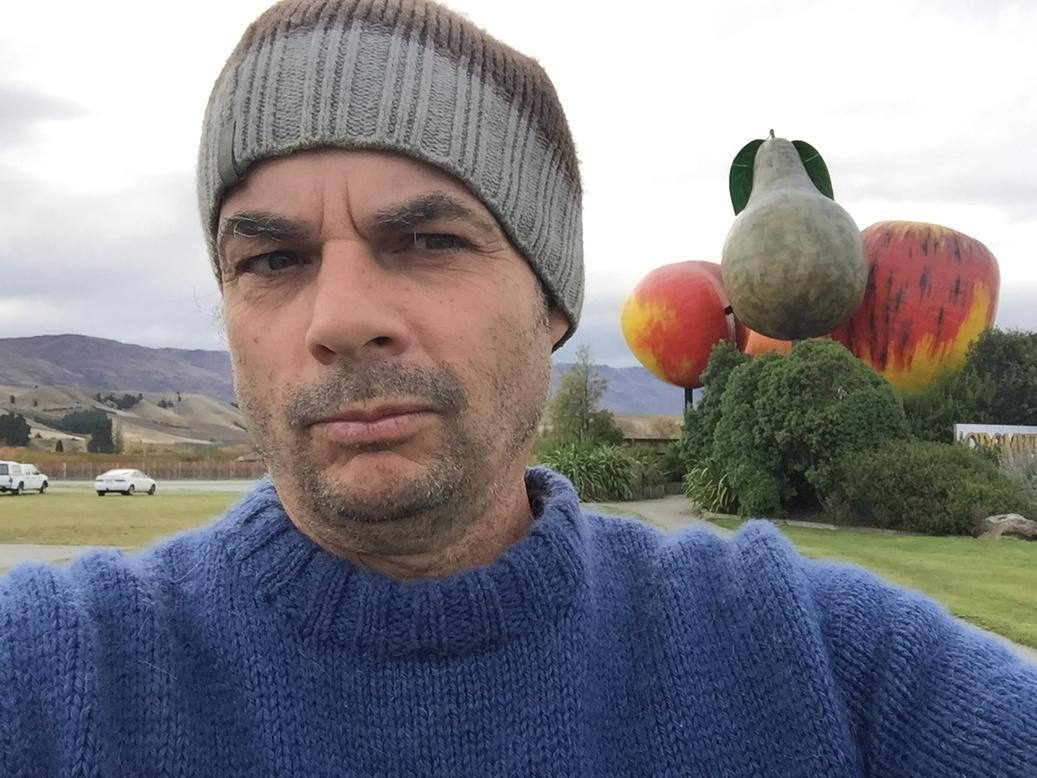 Good news is fruit seem ok ... #EQNZ Cromwell http://t.co/GbuCAUo9Fc