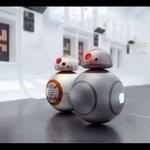 スター・ウォーズ新作の人気ドロイド「BB-8」をジョニー・アイブ風にしたら? http://t.co/UmCBX68b0t #C3PO #R2D2 #starwarsday http://t.co/KeEnHBEkta