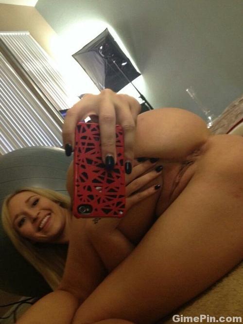 Порно фото домашнее селфи
