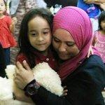 DUKE: Amira kena belajar rajin-rajin kalau hendak jadi doktor pakar - Mas Ermieyati http://t.co/9IW2lV3rIs http://t.co/A3NYwFEyWC