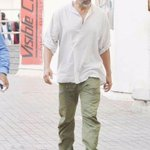 When #Gabbar went to see #Gabbar. Loving this salt and pepper look of Akshay Kumar. http://t.co/Xatqv7fHF4