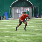 Eastern High alum gets tryout with N.Y. Giants http://t.co/zz5VUBTxuM via @brian_calloway http://t.co/MBUxbWZ0Cr